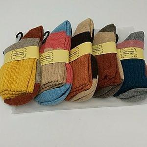 5 pair women's ankle socks - soft warm wool